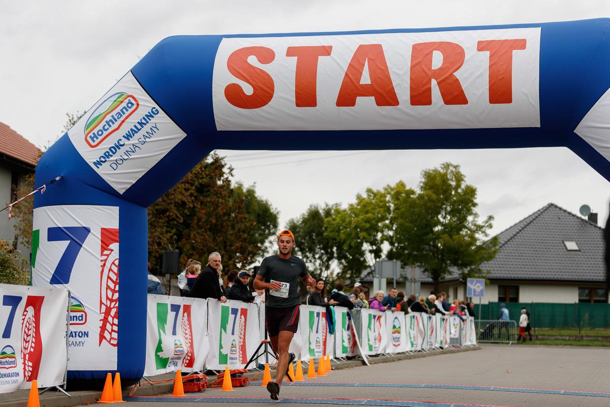 7 Hochland Półmaraton Doliną Samy I Pyrlandzka Dycha, Kaźmierz 2019-09-29. foto - www.provogue.pl